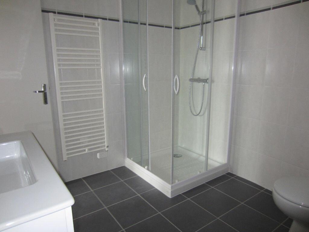 Appartement à louer 1 27m2 à Romorantin-Lanthenay vignette-3