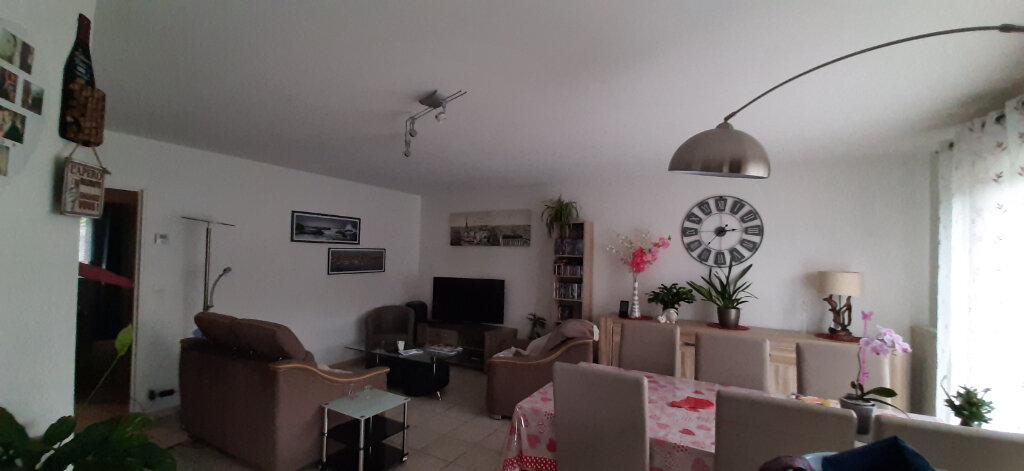 Maison à louer 5 103m2 à Romorantin-Lanthenay vignette-1