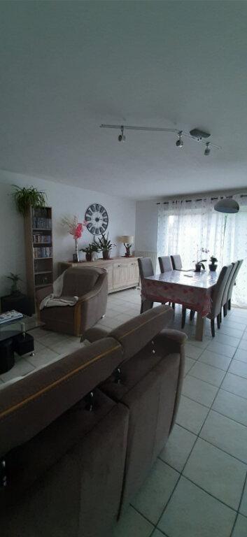 Maison à louer 5 103m2 à Romorantin-Lanthenay vignette-2