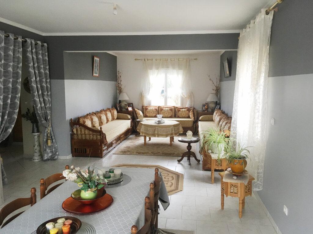 Maison à vendre 7 160m2 à Romorantin-Lanthenay vignette-5