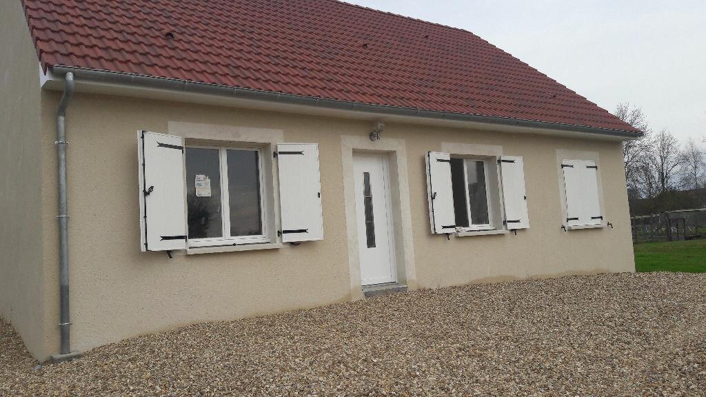 Maison à louer 4 87m2 à Romorantin-Lanthenay vignette-1