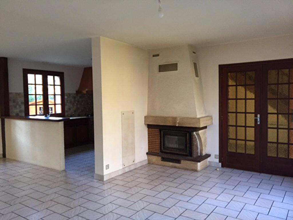 Maison à vendre 6 114m2 à Saint-Julien-sur-Cher vignette-6