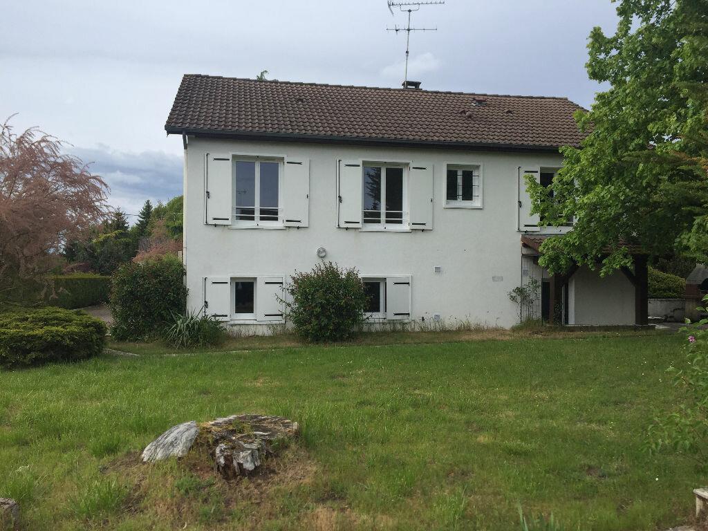 Maison à louer 5 123m2 à Romorantin-Lanthenay vignette-1
