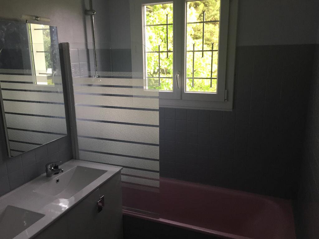 Maison à louer 5 123m2 à Romorantin-Lanthenay vignette-6