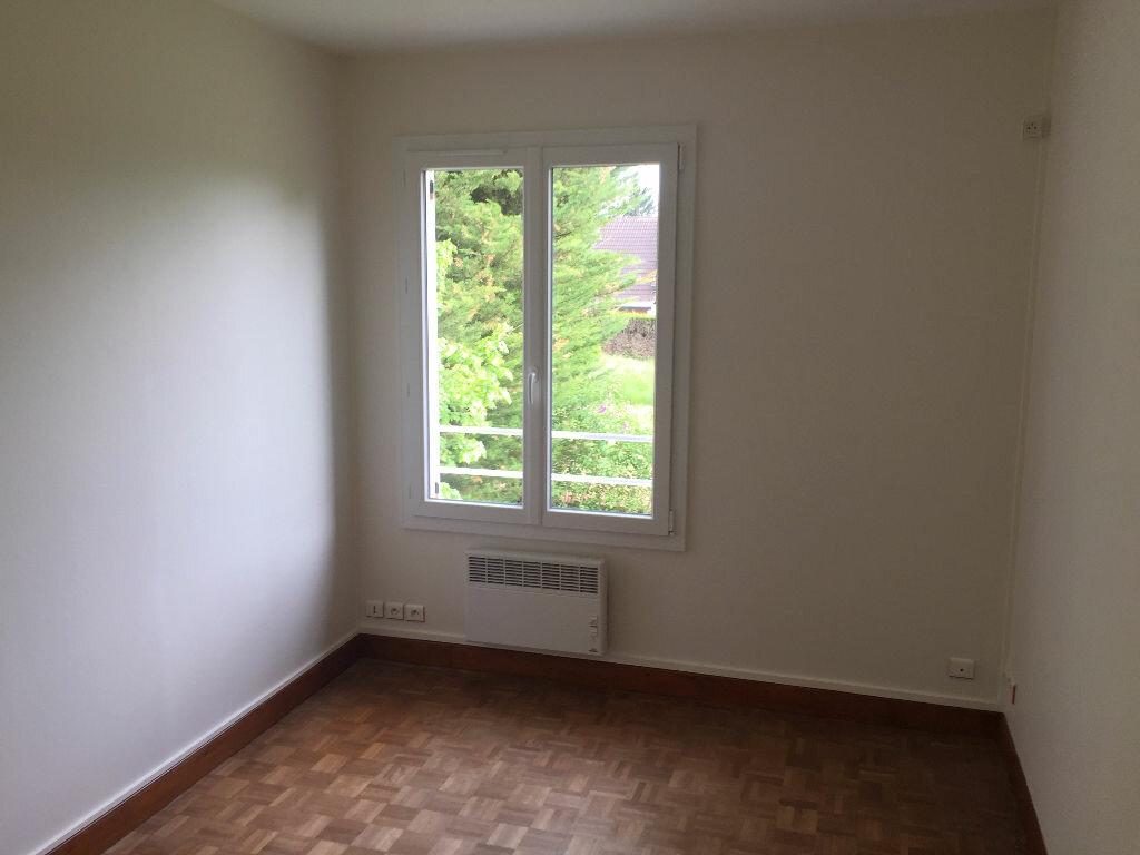 Maison à louer 5 123m2 à Romorantin-Lanthenay vignette-9