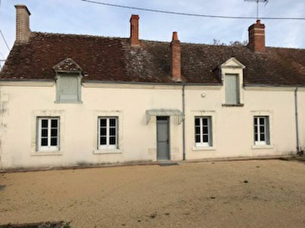 Maison à louer 3 80m2 à Selles-sur-Cher vignette-2