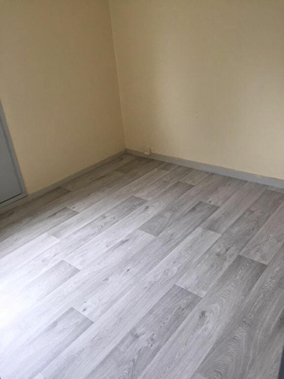 Appartement à louer 2 30.2m2 à Romorantin-Lanthenay vignette-5
