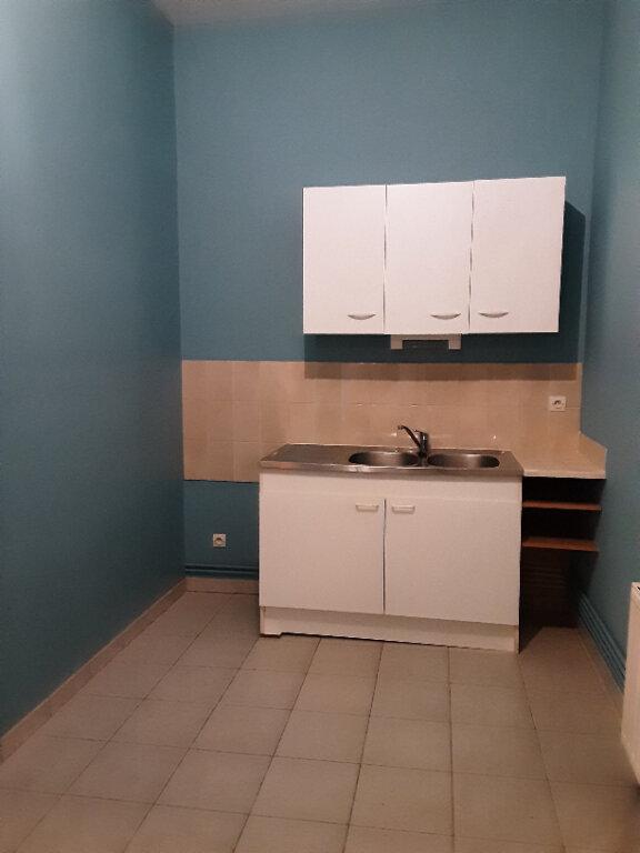 Maison à louer 3 60m2 à Villefranche-sur-Cher vignette-2