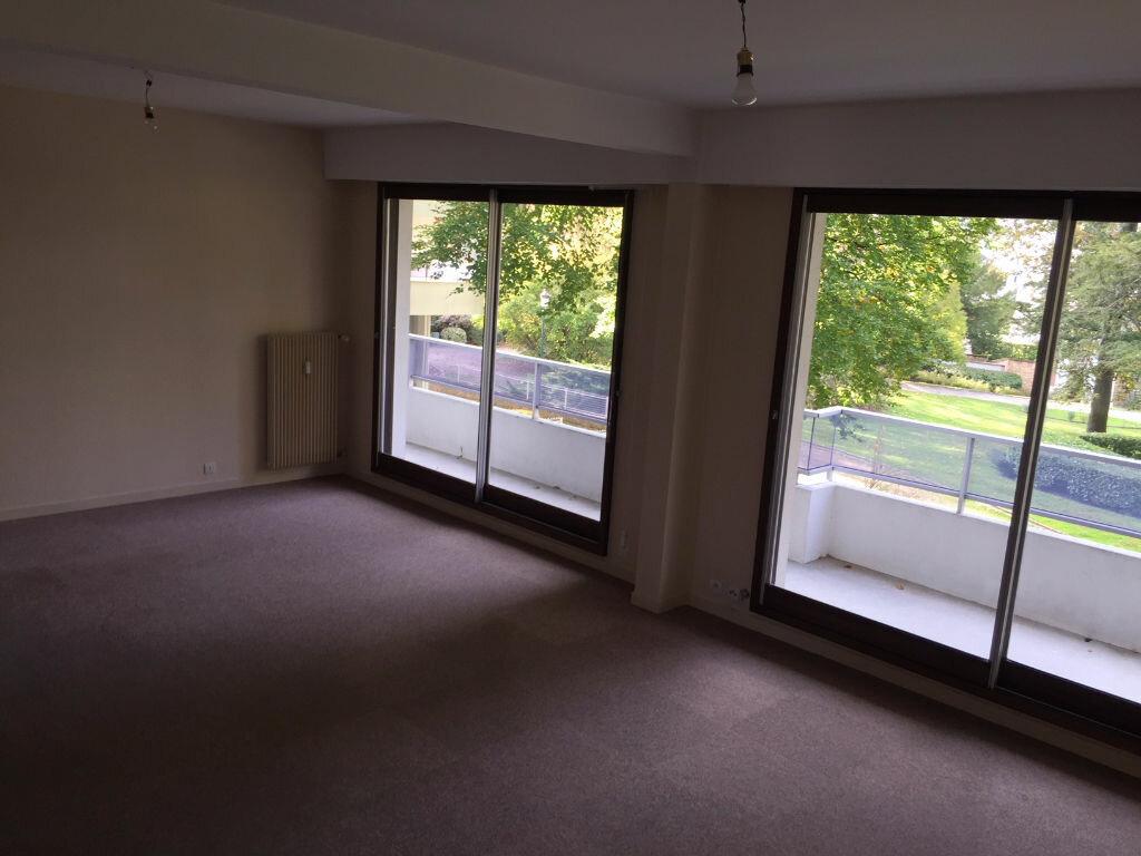 Appartement à louer 4 92m2 à Romorantin-Lanthenay vignette-7