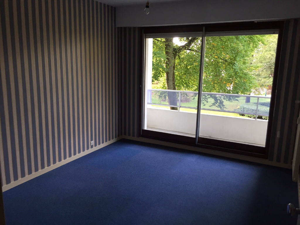 Appartement à louer 4 92m2 à Romorantin-Lanthenay vignette-8