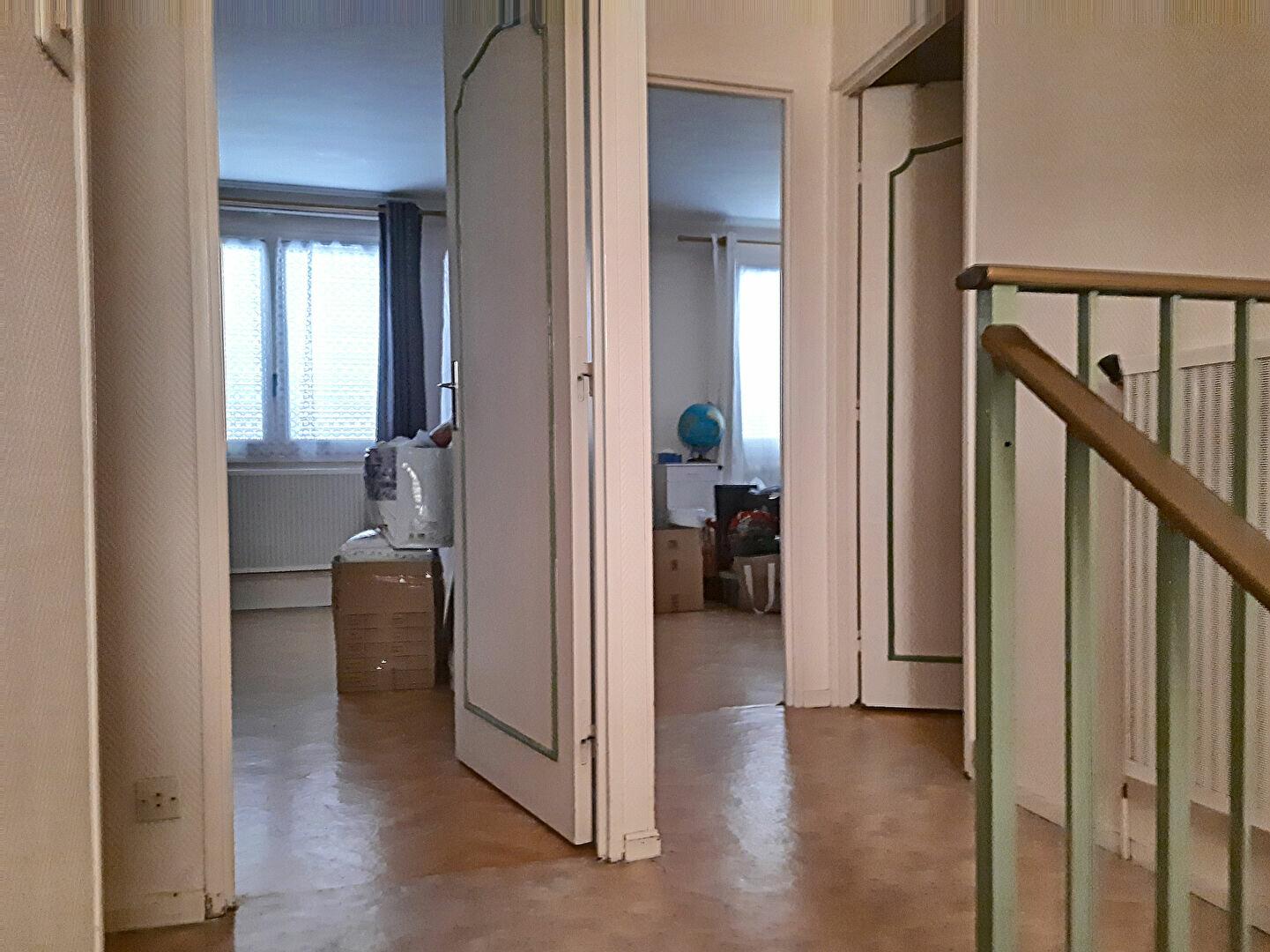 Maison à vendre 4 75m2 à Romorantin-Lanthenay vignette-4