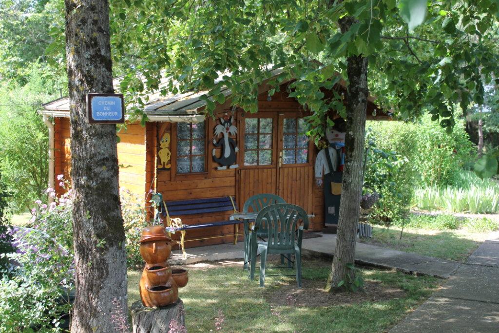 Maison à vendre 8 210m2 à Genouilly vignette-4