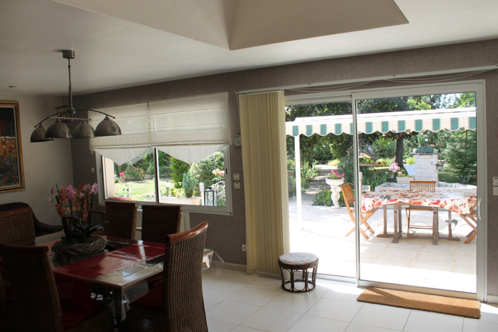 Maison à vendre 8 210m2 à Genouilly vignette-8