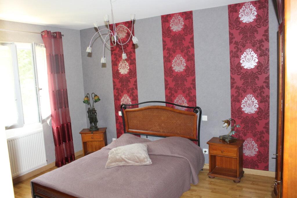 Maison à vendre 8 210m2 à Genouilly vignette-13