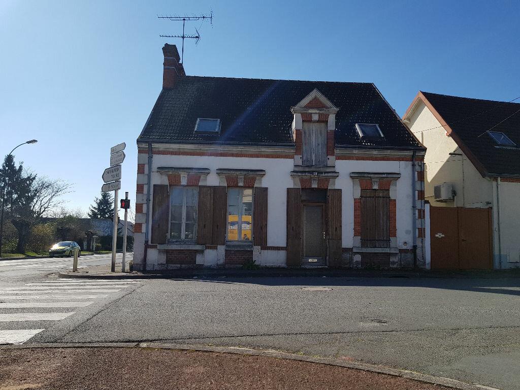 Maison à vendre 5 115m2 à Romorantin-Lanthenay vignette-1