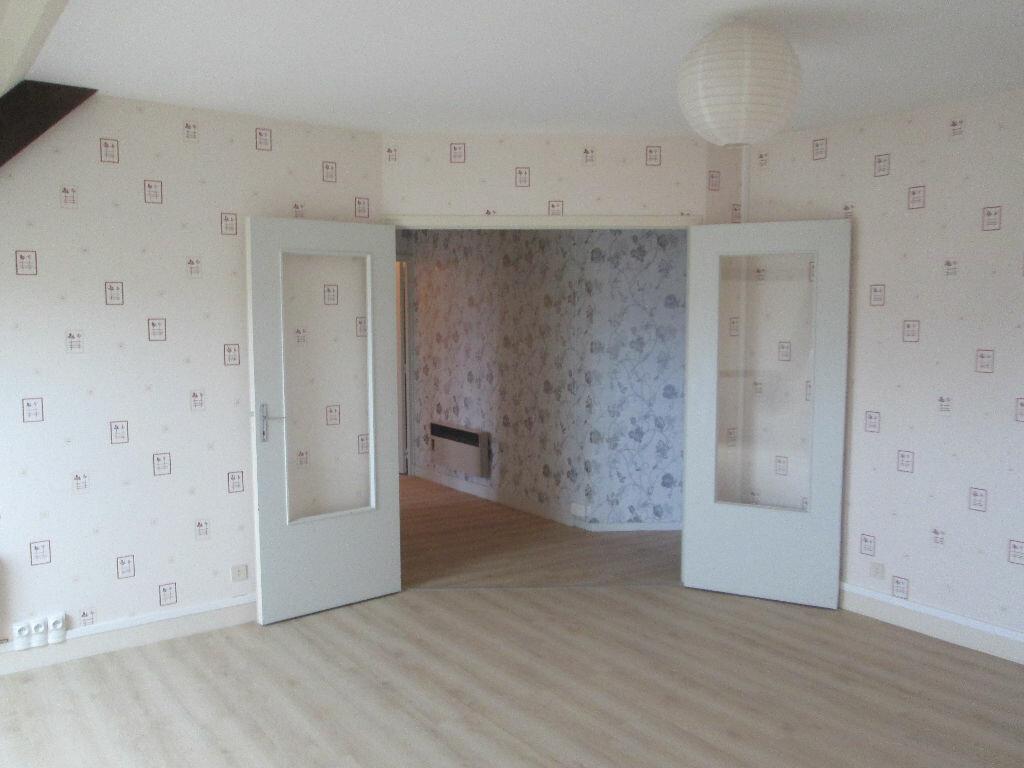 Appartement à vendre 3 69m2 à Romorantin-Lanthenay vignette-2