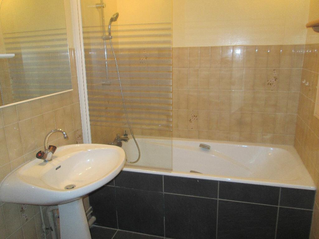 Appartement à vendre 3 69m2 à Romorantin-Lanthenay vignette-4