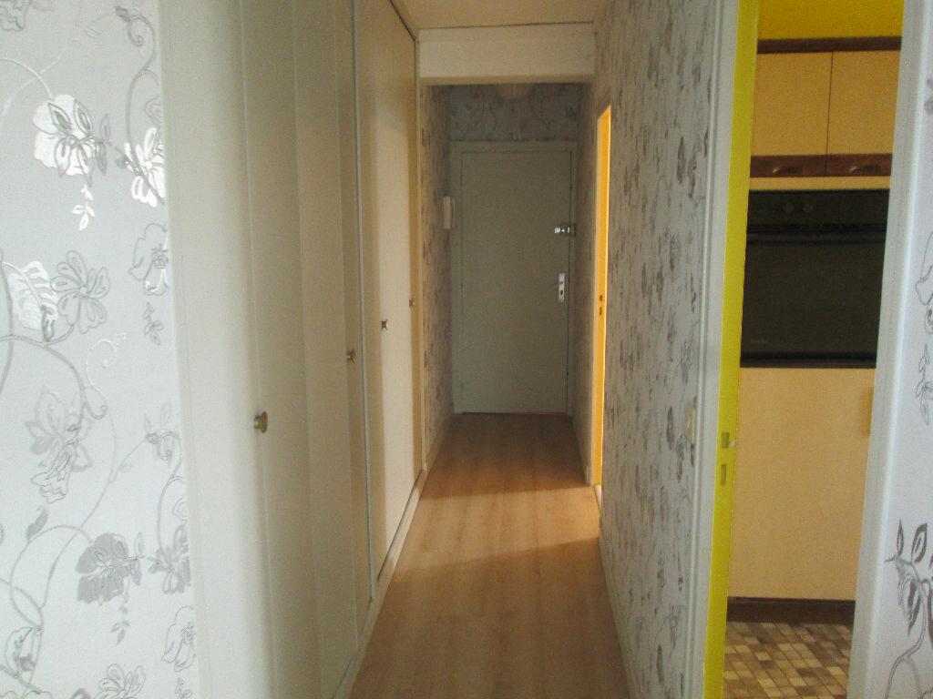 Appartement à vendre 3 69m2 à Romorantin-Lanthenay vignette-9