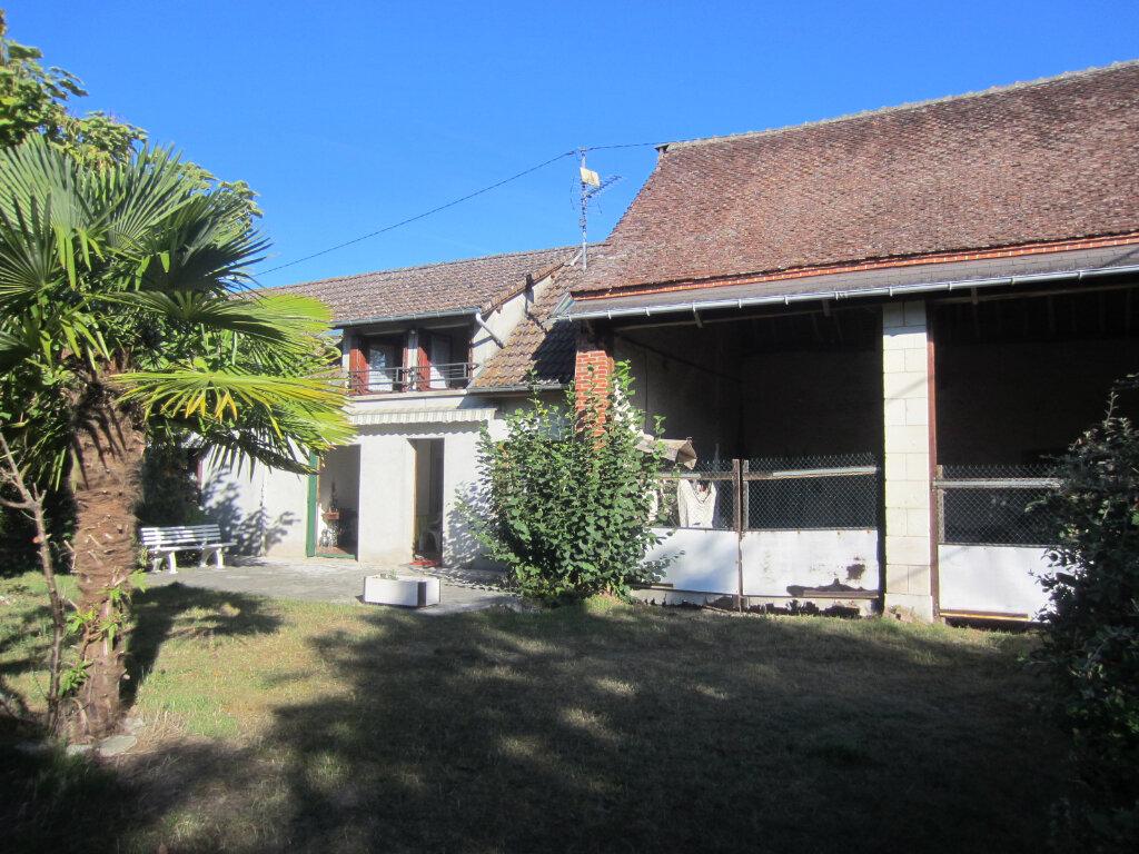 Maison à vendre 6 134m2 à Selles-sur-Cher vignette-1