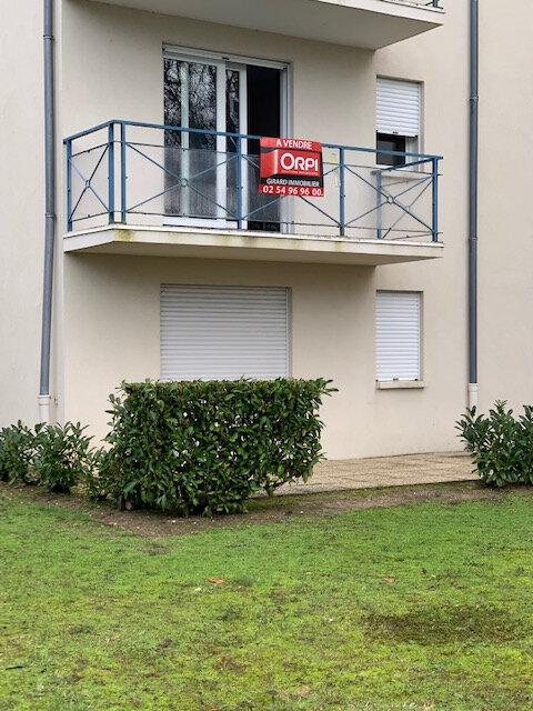 Appartement à vendre 2 48m2 à Romorantin-Lanthenay vignette-1