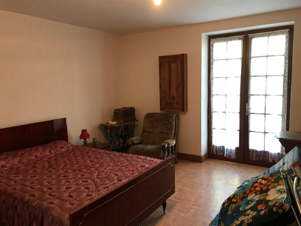Maison à vendre 4 111m2 à Châtillon-sur-Cher vignette-5
