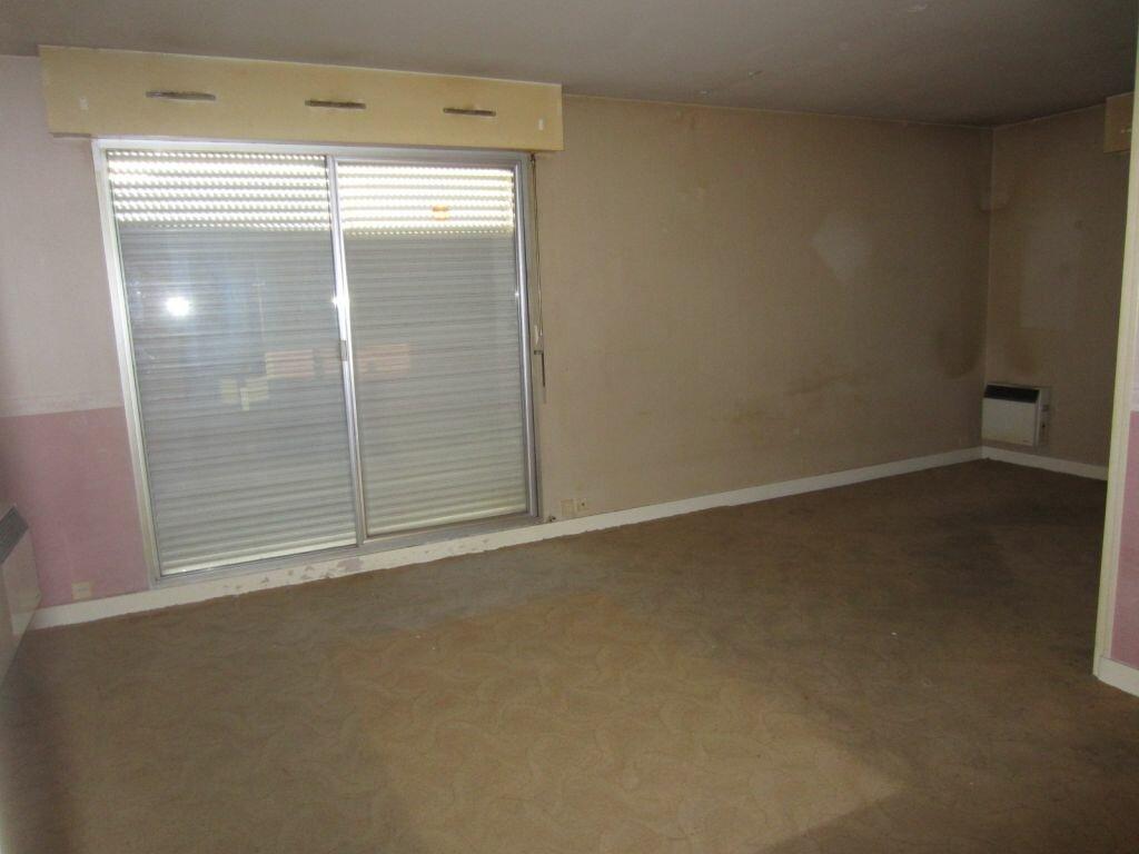 Appartement à vendre 3 66m2 à Selles-sur-Cher vignette-7
