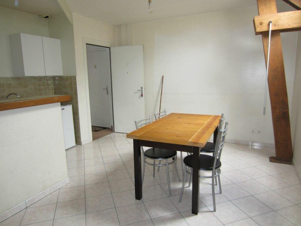 Appartement à louer 2 37m2 à Selles-sur-Cher vignette-1