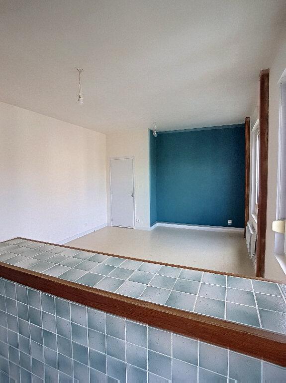 Appartement à louer 3 63.73m2 à Selles-sur-Cher vignette-5