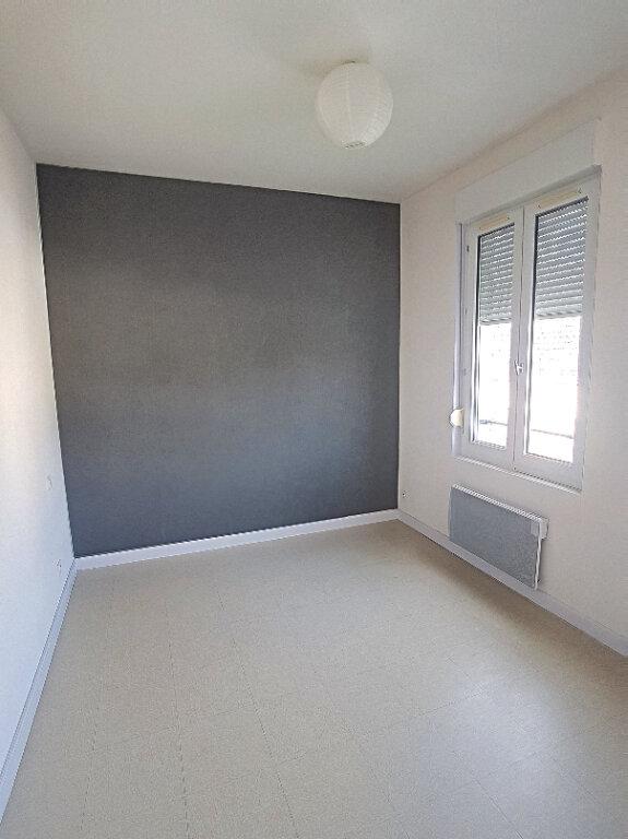 Appartement à louer 3 63.73m2 à Selles-sur-Cher vignette-7