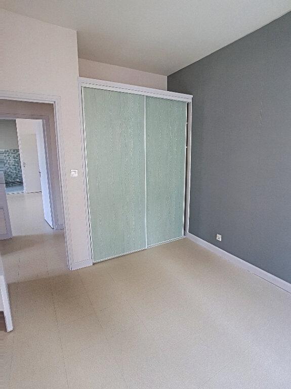 Appartement à louer 3 63.73m2 à Selles-sur-Cher vignette-8