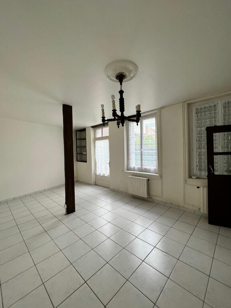 Appartement à louer 3 74.22m2 à Romorantin-Lanthenay vignette-3