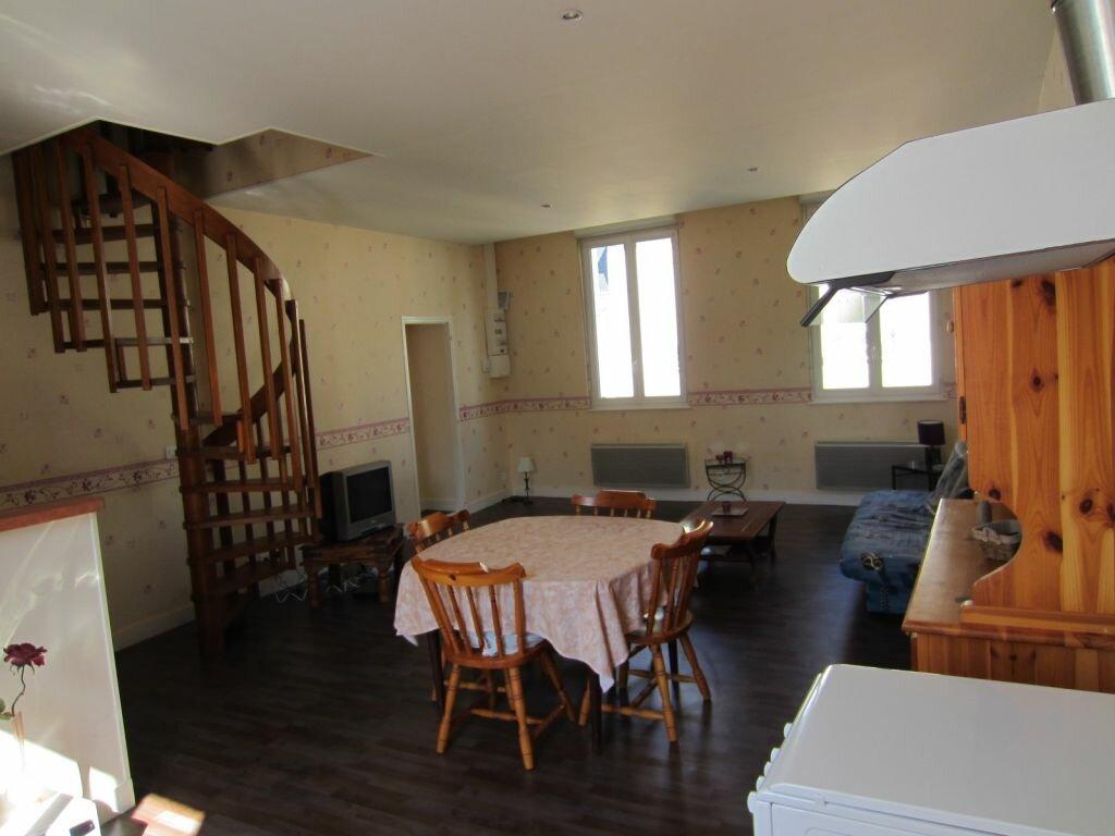 Appartement à louer 3 62m2 à Selles-sur-Cher vignette-1
