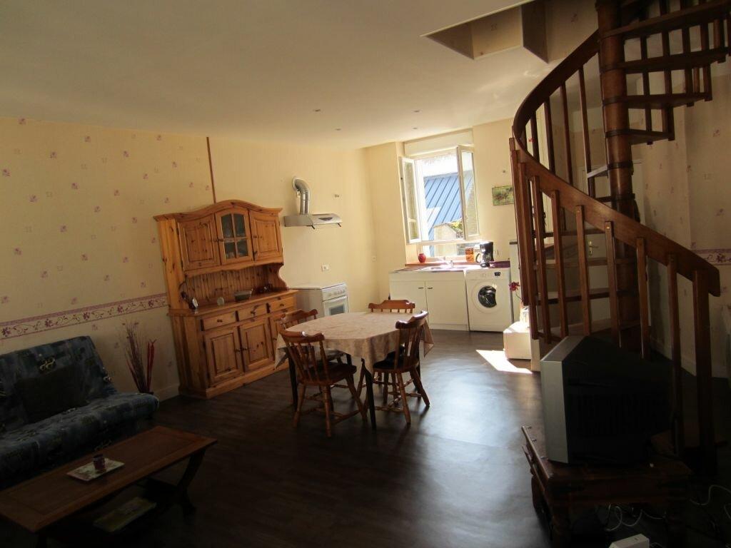 Appartement à louer 3 62m2 à Selles-sur-Cher vignette-2
