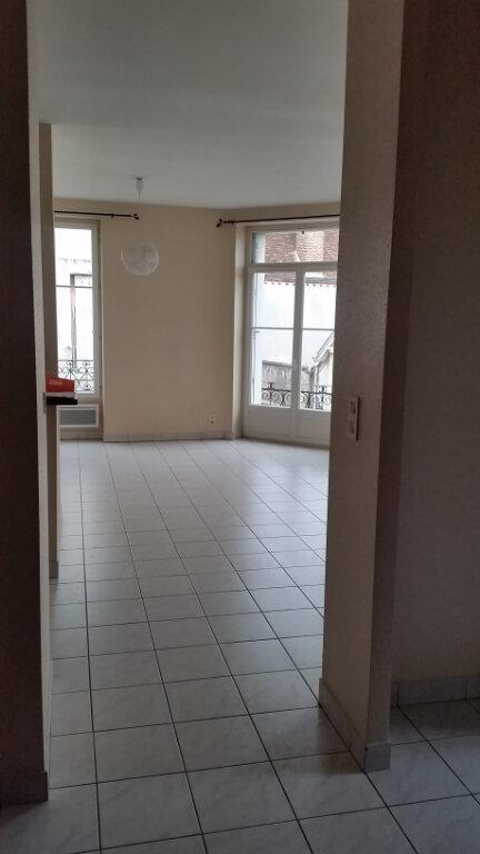 Appartement à louer 2 56m2 à Romorantin-Lanthenay vignette-5