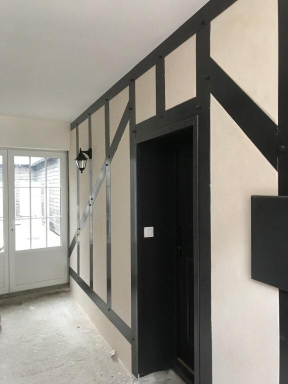 Appartement à louer 3 66.13m2 à Romorantin-Lanthenay vignette-5