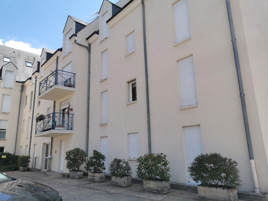 Appartement à louer 3 58m2 à Romorantin-Lanthenay vignette-1