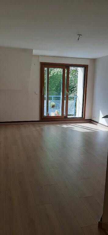Appartement à louer 3 58m2 à Romorantin-Lanthenay vignette-2