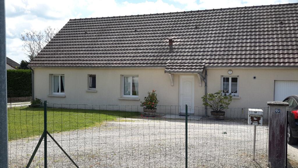 Maison à louer 5 100m2 à Romorantin-Lanthenay vignette-1
