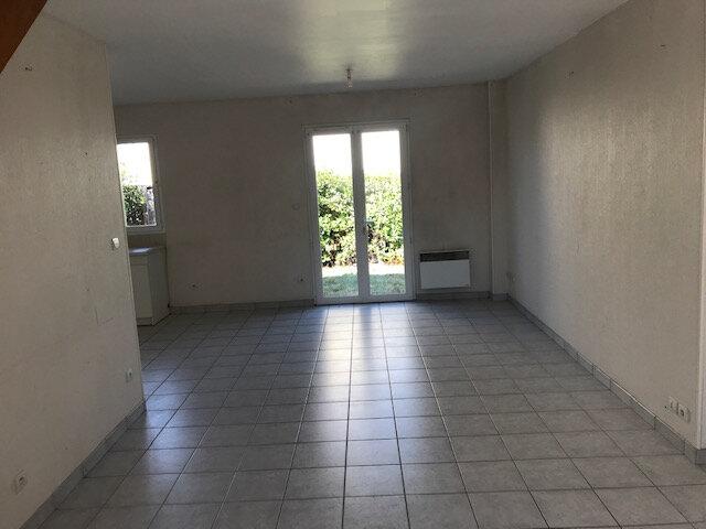 Maison à louer 4 85m2 à Lamotte-Beuvron vignette-3