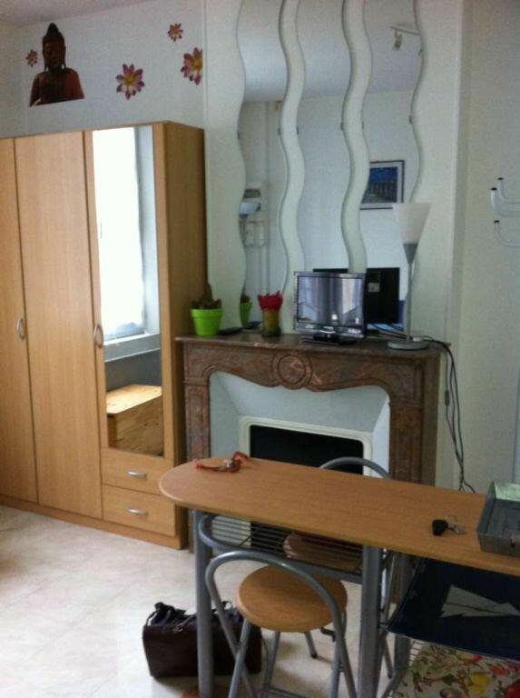Appartement à louer 1 16m2 à Beauvais vignette-4