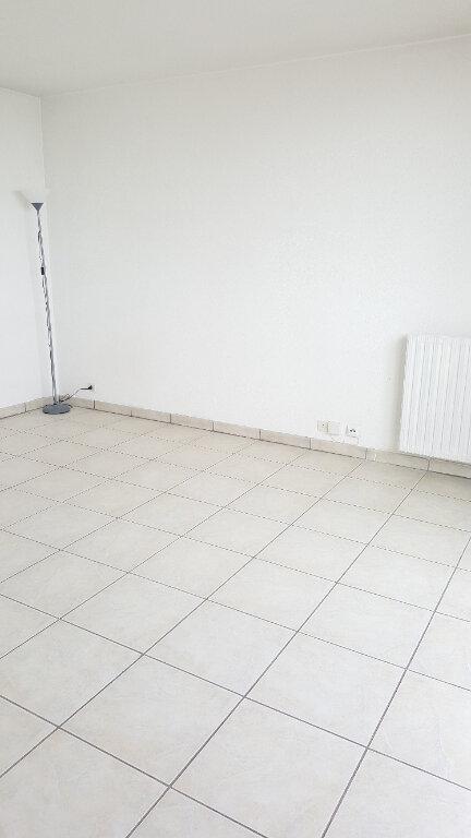 Appartement à louer 1 29m2 à Beauvais vignette-7