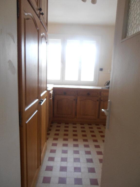 Appartement à louer 3 65.16m2 à Beauvais vignette-7