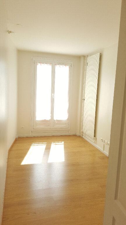 Appartement à louer 3 73m2 à Beauvais vignette-4