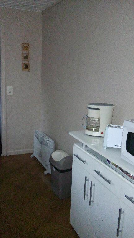 Appartement à louer 1 26m2 à Beauvais vignette-4