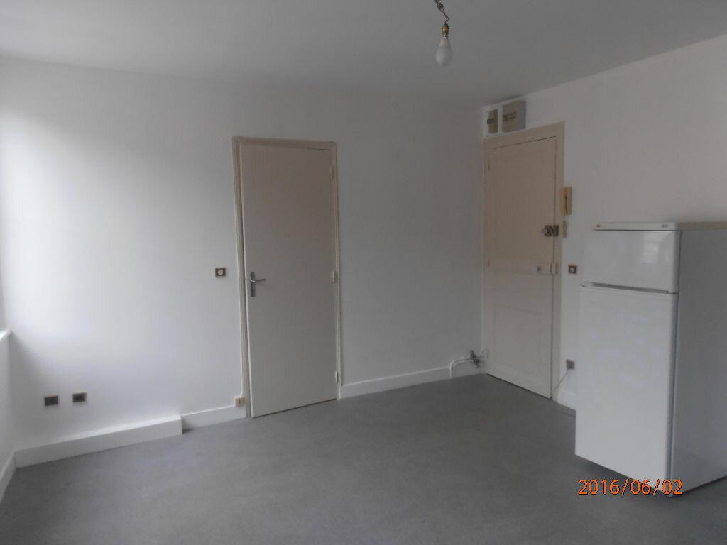 Appartement à louer 1 23.48m2 à Beauvais vignette-2