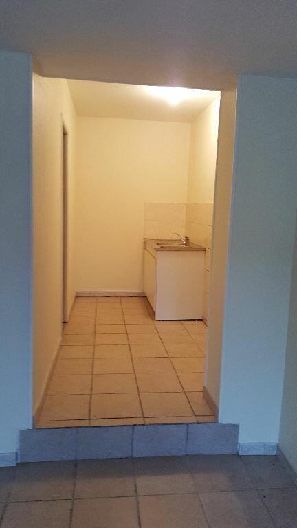 Appartement à louer 2 44.79m2 à Beauvais vignette-2