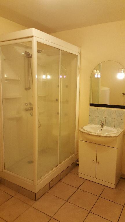 Appartement à louer 2 44.79m2 à Beauvais vignette-3