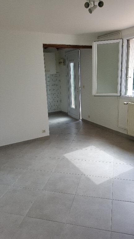 Appartement à louer 1 18.65m2 à Beauvais vignette-2