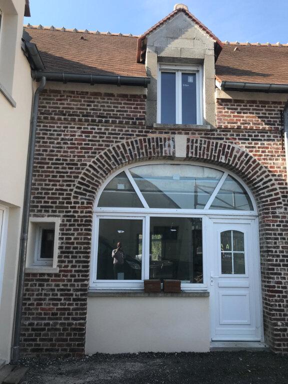 Appartement à vendre 3 53m2 à Le Mont-Saint-Adrien vignette-1