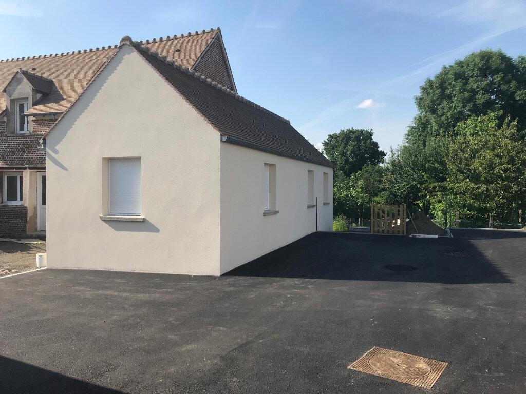Appartement à vendre 3 53m2 à Le Mont-Saint-Adrien vignette-2